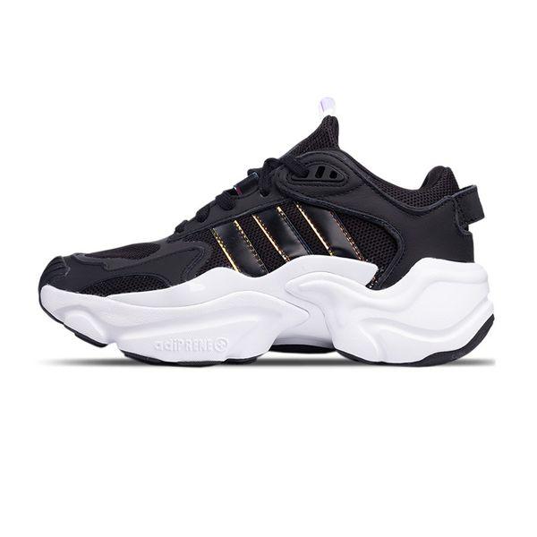 Tênis Adidas Magmur Runner preto 35