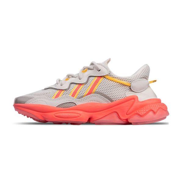 Tênis Adidas Ozweego grey 35
