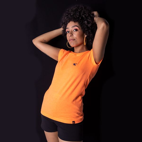 Camiseta-Bali-Hai-Baby-Look-Lettermark-Laranja-Neon-0890420043783-1